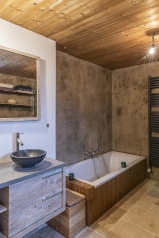 Strakke wellness en badkamer
